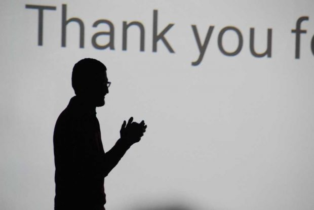 अगस्त 2015 में कंपनी के पुनर्गठन के दौरान पिचई को Google के सीईओ नामित किया गया था। लैरी पेज, Google के सह-संस्थापक और पिछले सीईओ ने Alphabet नयी कंपनी के तहत बढ़ते नए व्यवसायों पर अपना ध्यान केंद्रित किया।