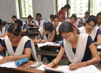 Central Board of Secondary Education (CBSE) is likely to announce CBSE board Class XII results 2017 for all region on May 24, 2017, said multiple reports (Photo/Agency)