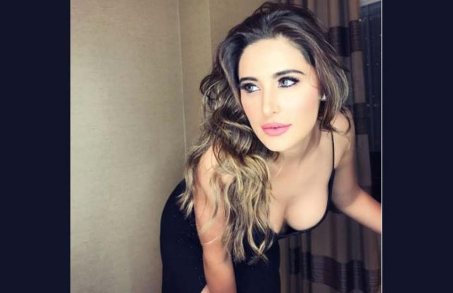 Nargis Fakhri who started her Bollywood acting in 2011 with the romantic drama Rockstar shared the picture where she was getting ready to attend IFFA 2017 (Photo/Nargis Fakhri Instagram)