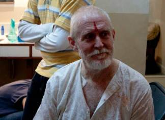 tom alter, tom alter dies, tom alter, tom alter dead, tom alter passes away, tom alter cancer, cancer tom alter, tom alter family, tom alter films, tom alter theatre, tom alter skin cancer, tom alter RIP, tom alter actor, tom alter latest news, tom alter son, tom alter photos, padma shri, tom alter bollywood, tom alter theatre, tom alter, narendra modi