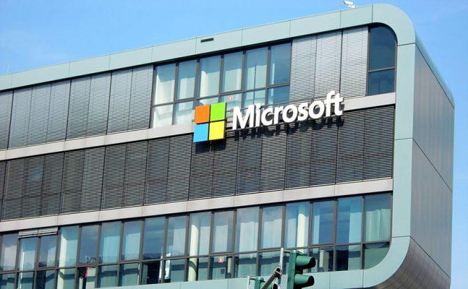 Microsoft, AI, Artificial Intelligence, Technology, Azure Databricks, Developers