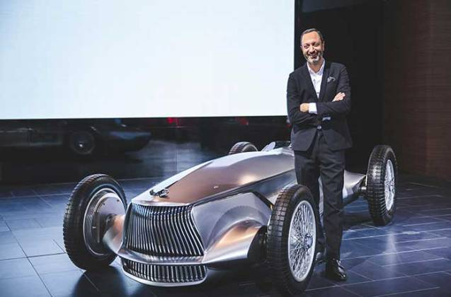 Project Black S is a collaborative venture between INFINITI and the Renault Sport Formula One Team