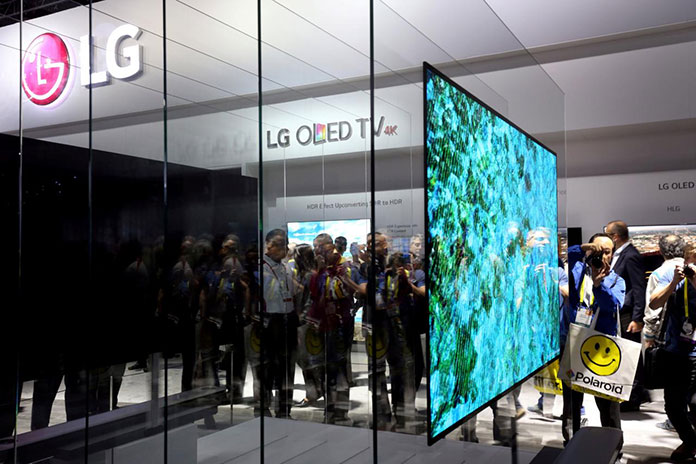 After two years of joint development since 2016, CYNORA and LG Display have decided to continue their cooperation towards the commercialization of TADF emitters in OLED displays.