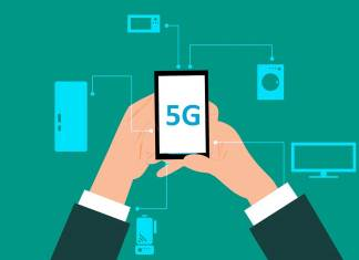 Japanese firms NEC, KDDI and Obayashi said that they had successfully carried out an operation in which 5G was used to remotely control two construction machines.
