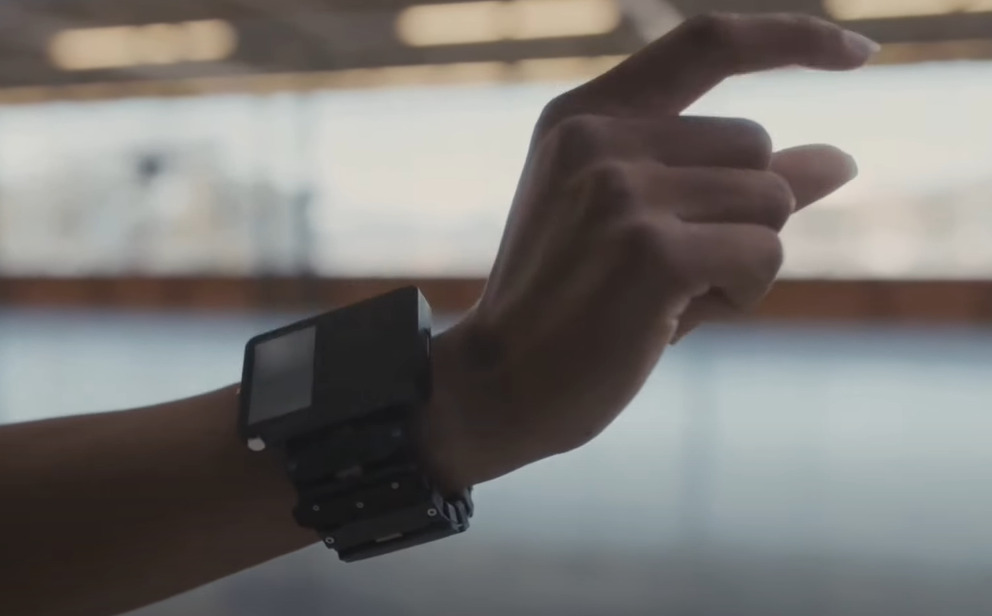 How Facebook Wrist-Worn AR works with Facebook AR glasses by techohealth.com