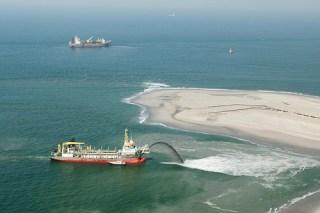 Zandmotor vlucht-7 11-04-2011 foto: Rijkswaterstaat/Joop van Houdt