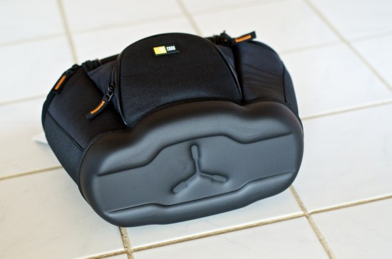 case-logic-slrc-202b-camera-bag-bottom
