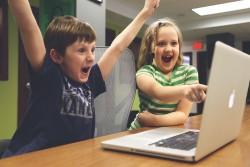 Photo credit: https://pixabay.com/en/children-win-success-video-game-593313/
