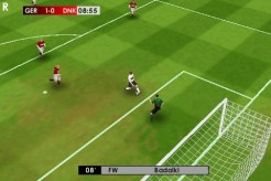 real_football_09_iphone_gameloft_goal_attempt