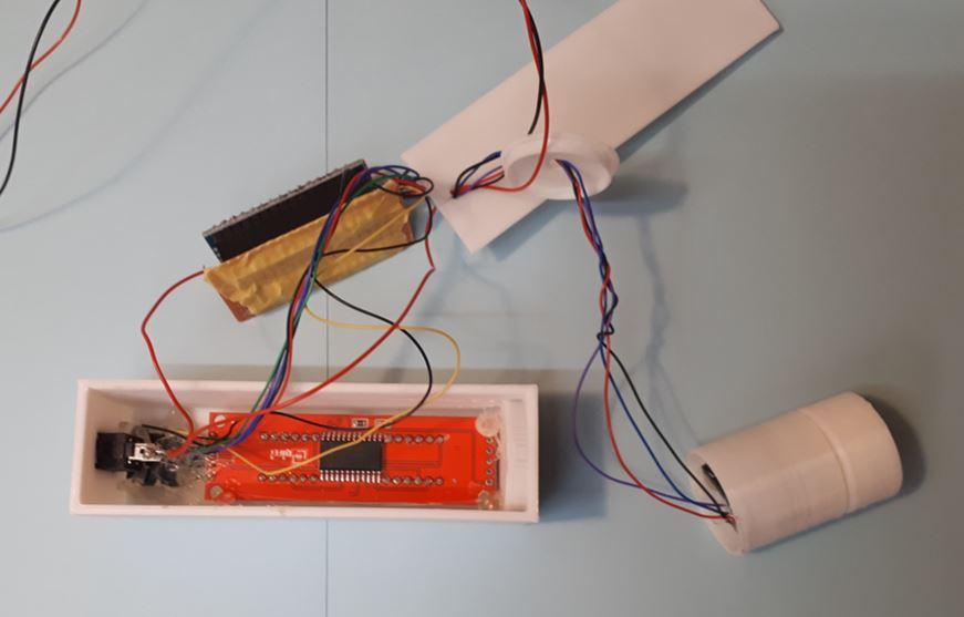Zusammenbau der Bohrtiefenanzeige mit Gyro-Sensor, 7-Segment-Anzeige, Taster und Arduino Aufsteckplatine