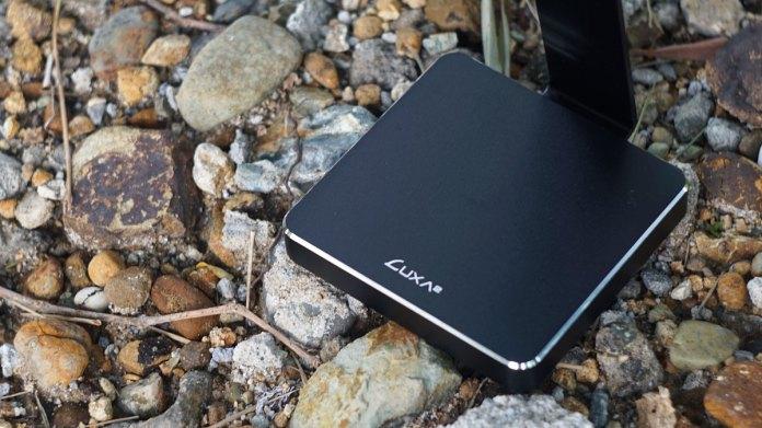 LUXA2 E-One Headset Holder (2)