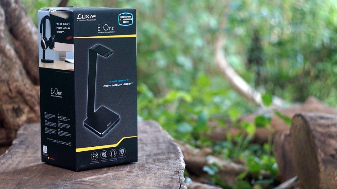 LUXA2 E-One Headset Holder (9)