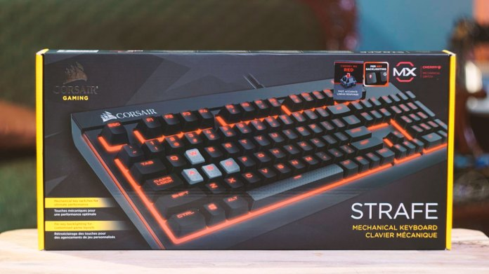 Corsair Strafe Mechanical Keyboard (1)