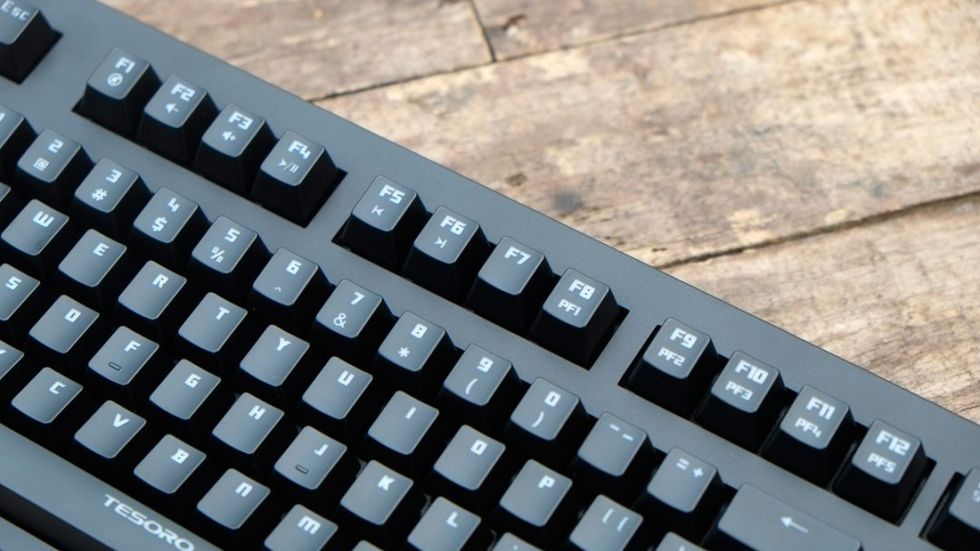 Tesoro Excalibur Mechanical Keyboard (11)