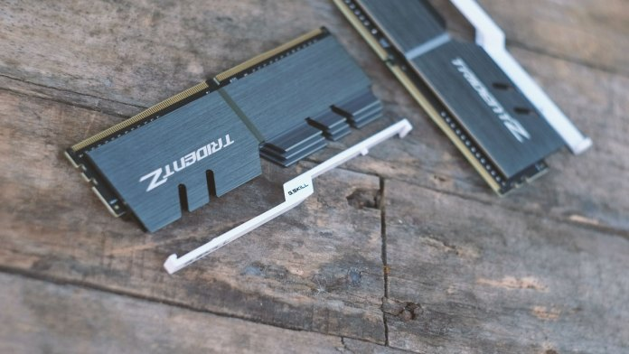 g-skill-trident-z-pictures-11