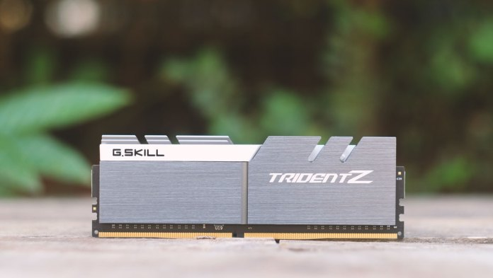 g-skill-trident-z-pictures-5