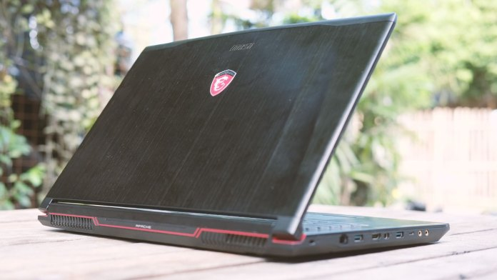 msi-ge72vr-gaming-notebook-16