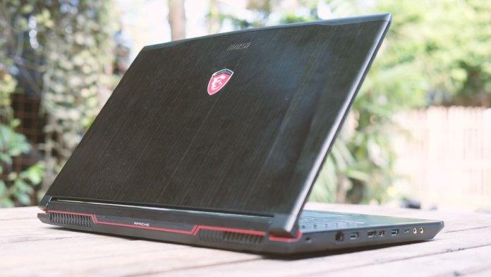 msi-ge72vr-gaming-notebook-16