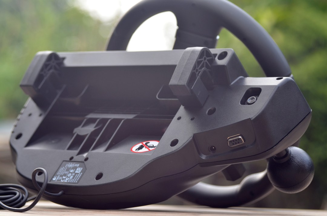 Logitech Gaming Driving Force GT (11)