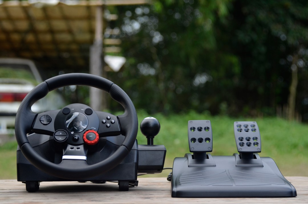 Logitech Gaming Driving Force GT (5)