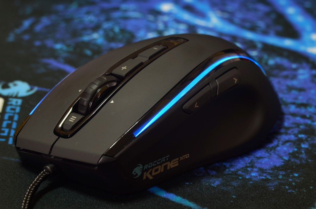 ROCCAT-Kone-XTD-Gaming-Mouse-(16)