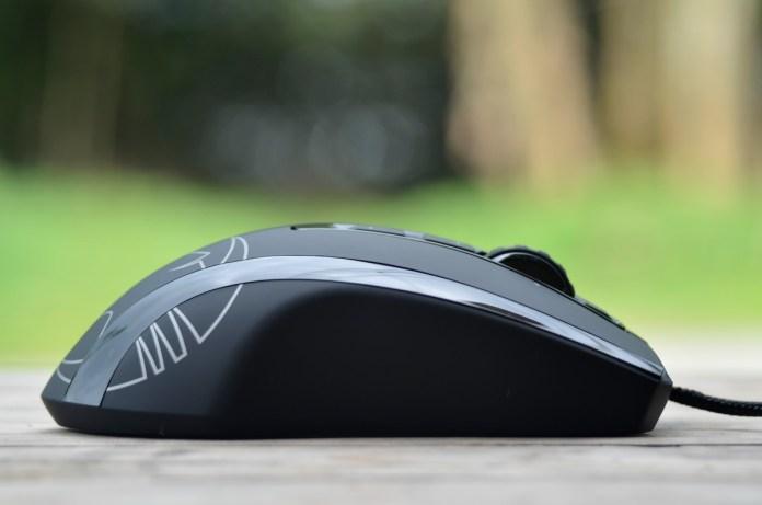 ROCCAT Kone XTD Gaming Mouse (8)