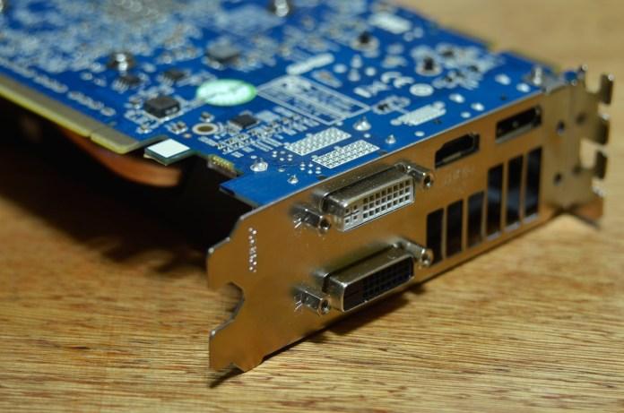 SAPPHIRE R9 280 DUAL-X OC (8)