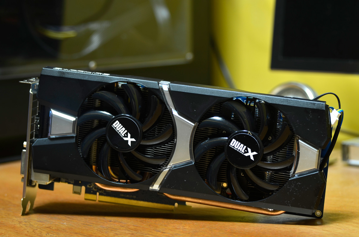 SAPPHIRE Radeon R9 280 DUAL-X OC w/ Boost Review | TechPorn