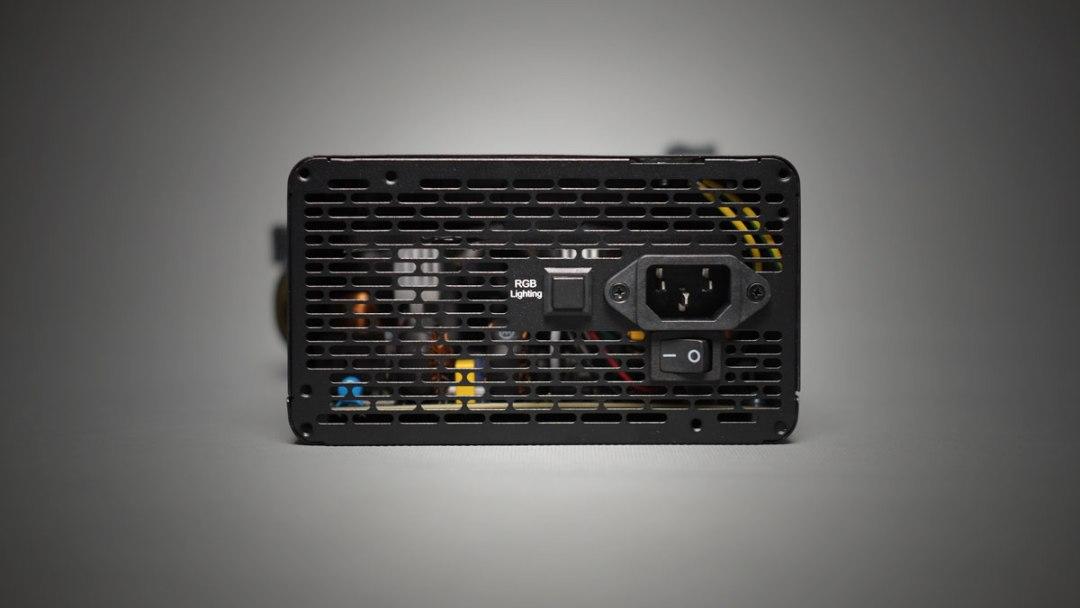 Preview   Thermaltake Smart RGB 700W PSU   TechPorn
