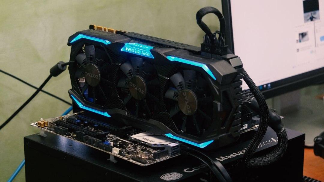 ZOTAC GTX 1070 AMP EXTREME Review (9)