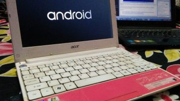 A Windows Laptop installed with Android x86 5.1 Lollipop OS