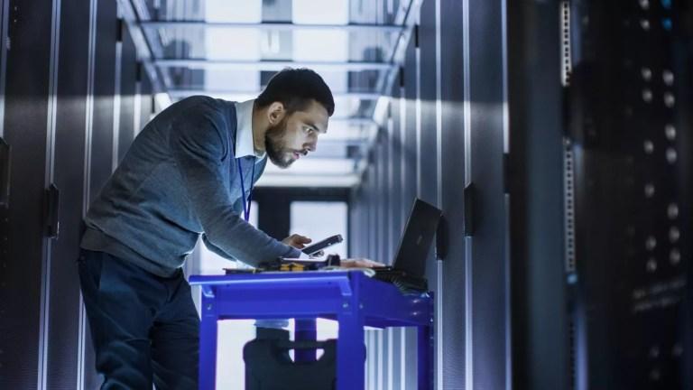 What is Desktop Deployment Technician