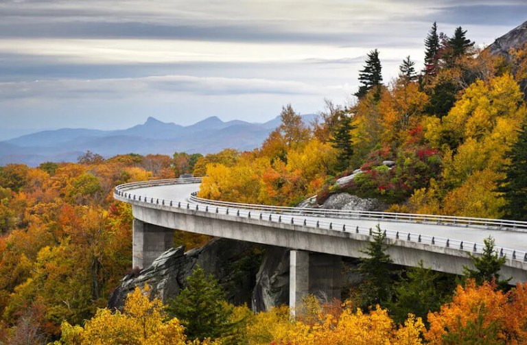 A fall excursion through the Blue Ridge Mountains of the USA