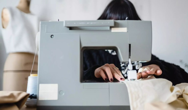 Impressive Useful Tips while choosing the Heavy Duty Sewing Machine in 2021