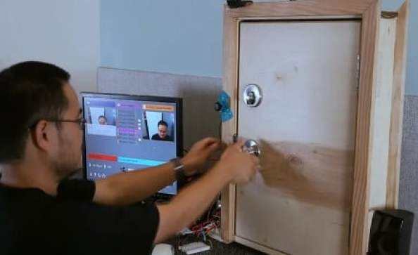smart home door control4 diy