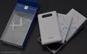 nokia-wireless-charging-shell-lumia-820