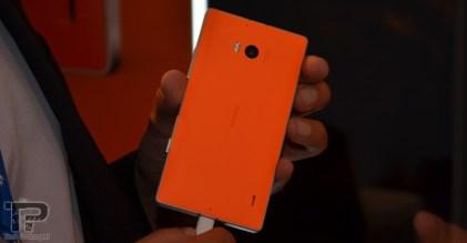 microsoft-dubai-lumia-930-17