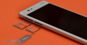 Nokia 3 - SIM/microSD slot open