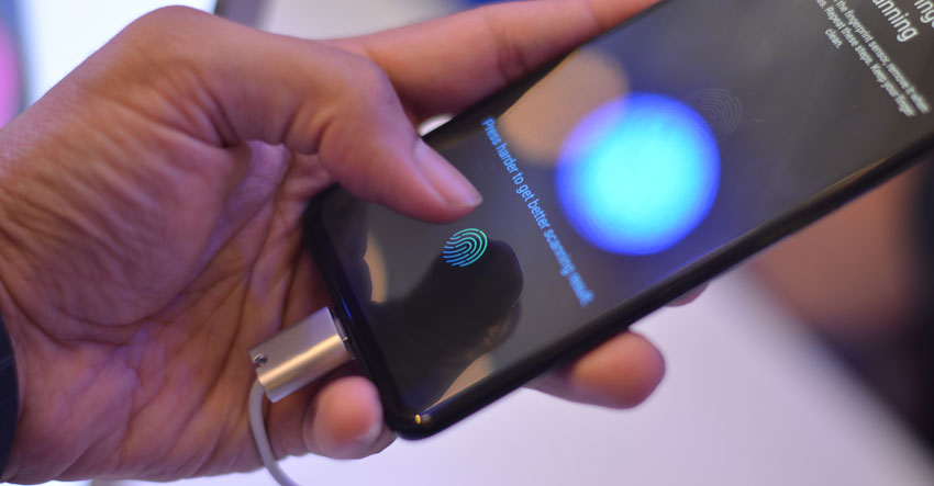 Vivo V11 Pro In-display fingerprint sensor