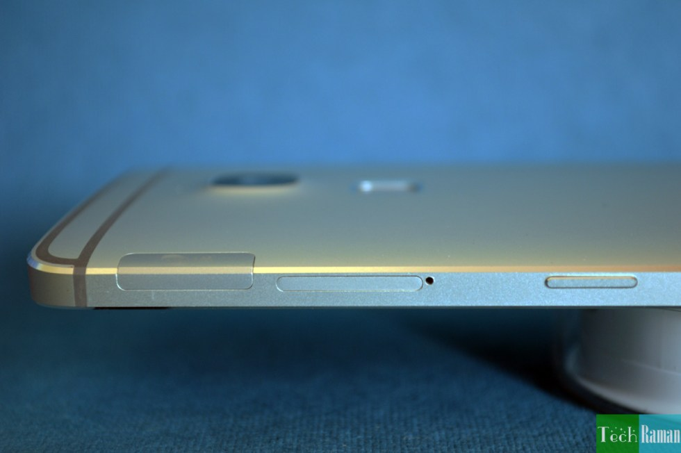 LeTv-LeMax-right-side