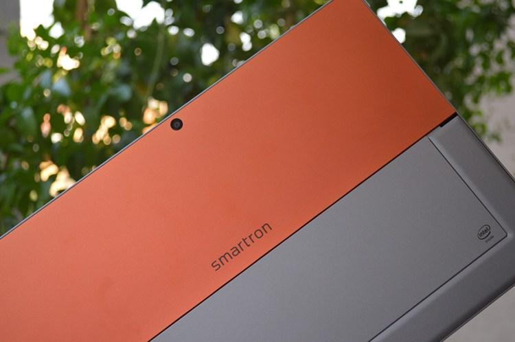 Smartron_tbook-back-side