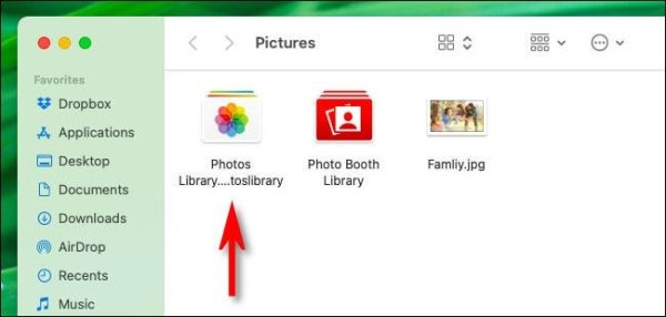 Photos Library Seen In Finder