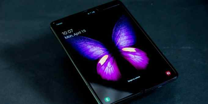 Samsung delays launch of the Galaxy Fold—for obvious reasons