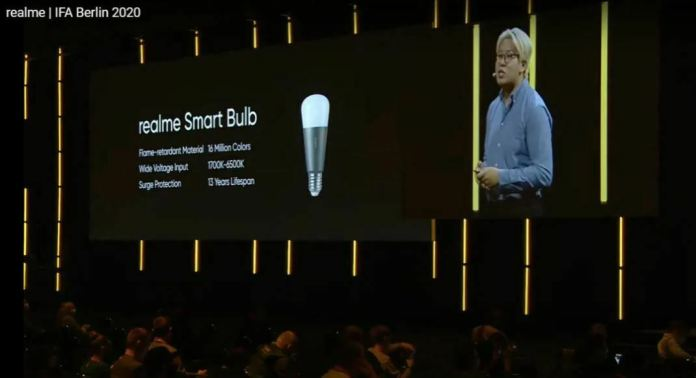 TheRealmeSmart Cam 360, Smart Bulb Unveiled at IFA 2020