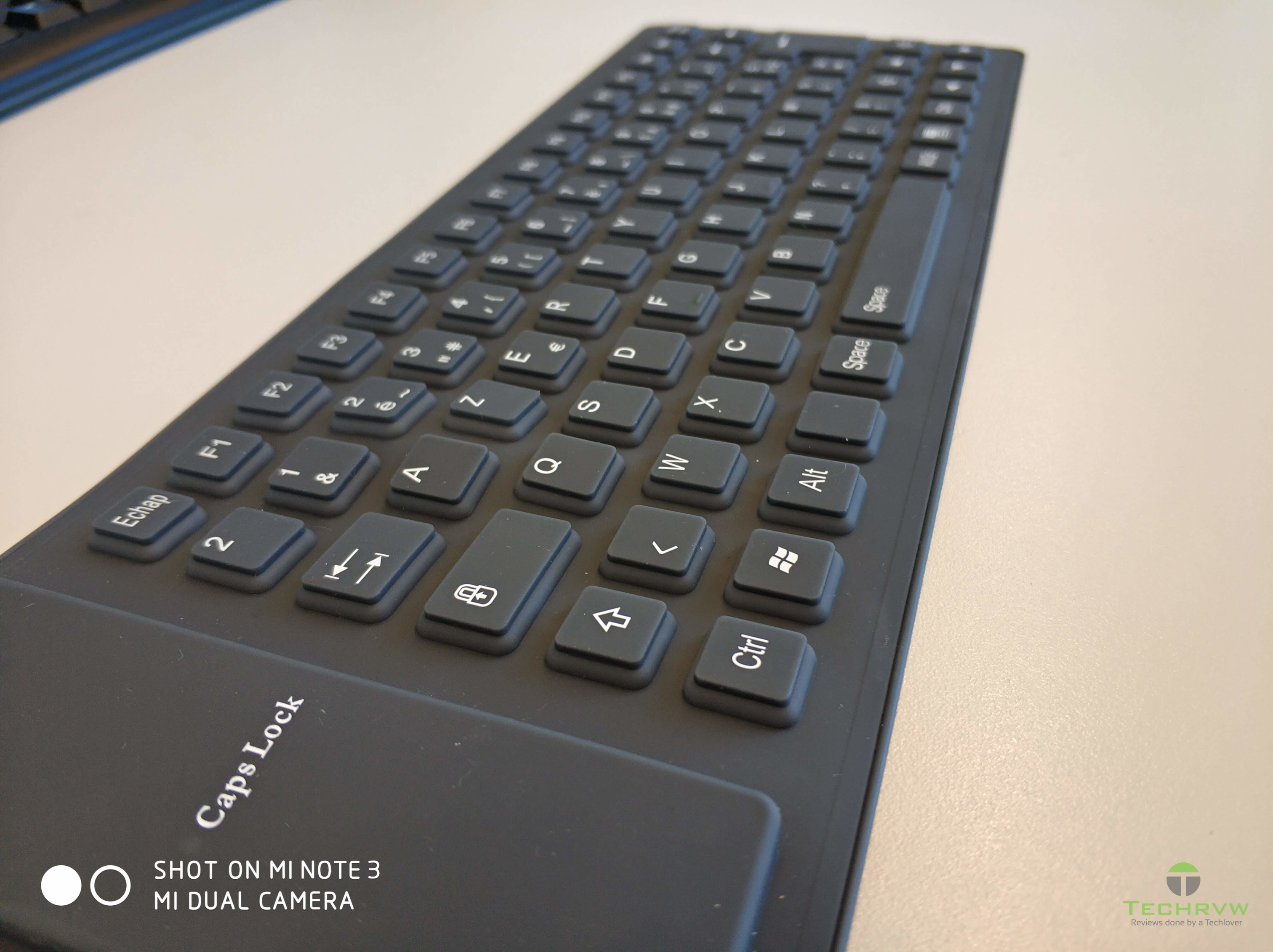 Roll-Up Waterproof Keyboard 008