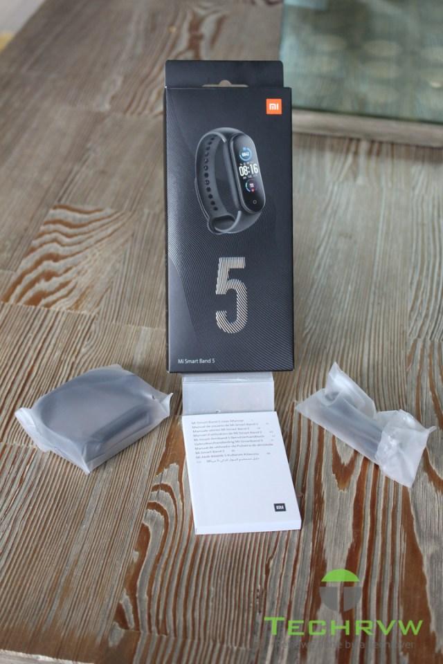 Xiaomi MI Band 5 007