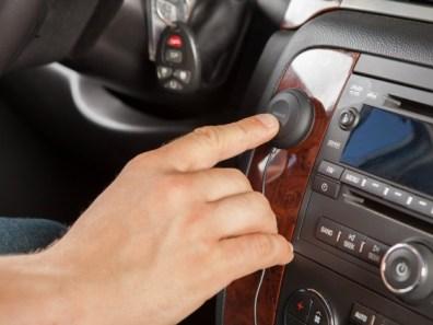 Kinivo BTC455 Bluetooth Hands Free Car Kit