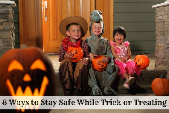 8 Ways to Stay Safe While Trick or Treating