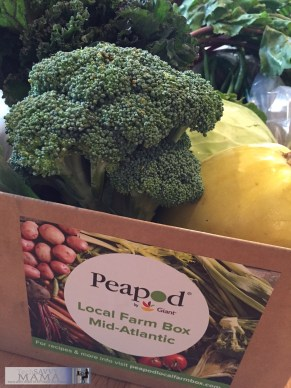 Peapod Local Farm Box. Fresh and local produce ordered from area farms. More info on this newly redesigned Peapod app on TechSavvyMama.com