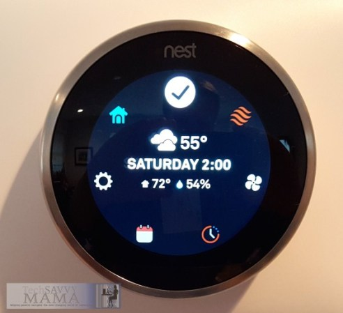 Nest Thermostat Interior and Exterior Temperature Display © 2015 Leticia Barr TechSavvyMama.com